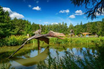 Dinozaur dilofozaur Bałtów